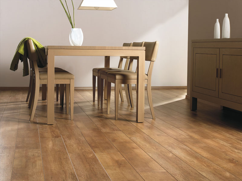 Rustic Oak Imperial Deluxe 8mm 11 99 Sq Yrd