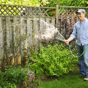 Garden Hoses & Watering Cans