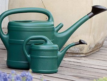 Watering Cans & Pressure Sprayers